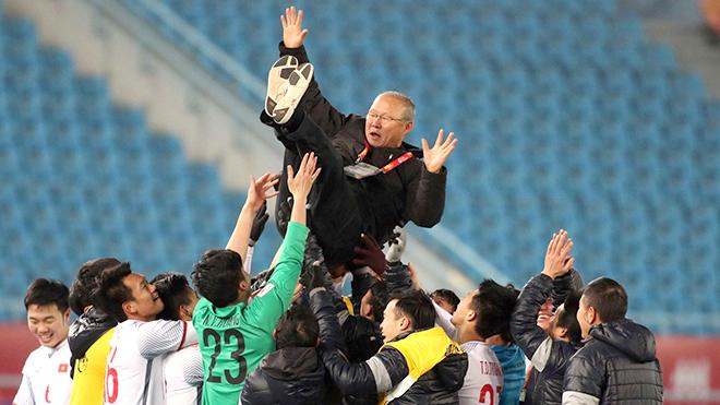 Bóng đá Việt Nam ngày 23/6: VFF đẩy nhanh việc gia hạn hợp đồng với HLV Park Hang Seo