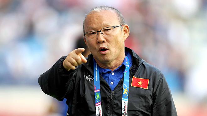 'Mong VFF thay bầu Đức trả lương cho HLV Park Hang Seo'