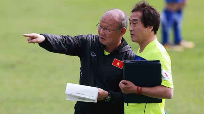 Quang Hải chưa hội quân cùng tuyển Việt Nam, Văn Hậu có tên trong danh sách dự VCK U19 châu Á