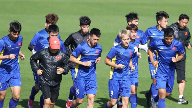 Việt Nam tích cực 'luyện công' đấu Iran, báo Hàn Quốc bênh vực HLV Park Hang Seo