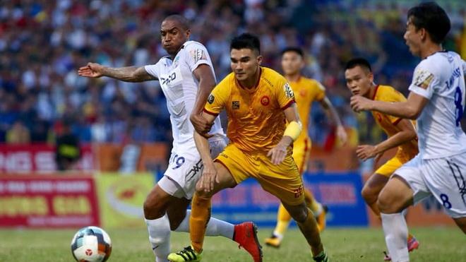 bong da, bóng đá Việt Nam, lịch thi đấu bóng đá hôm nay, trực tiếp bóng đá, lịch thi đấu tuyển Việt Nam, Công Phượng đá chính trong ngày U21 Sint Truidense thua thảm