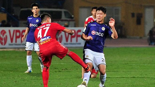 Cầu thủ bị bầu Đức 'treo giò' sợ mất phong độ, bầu Thắng 'cứu' Long An