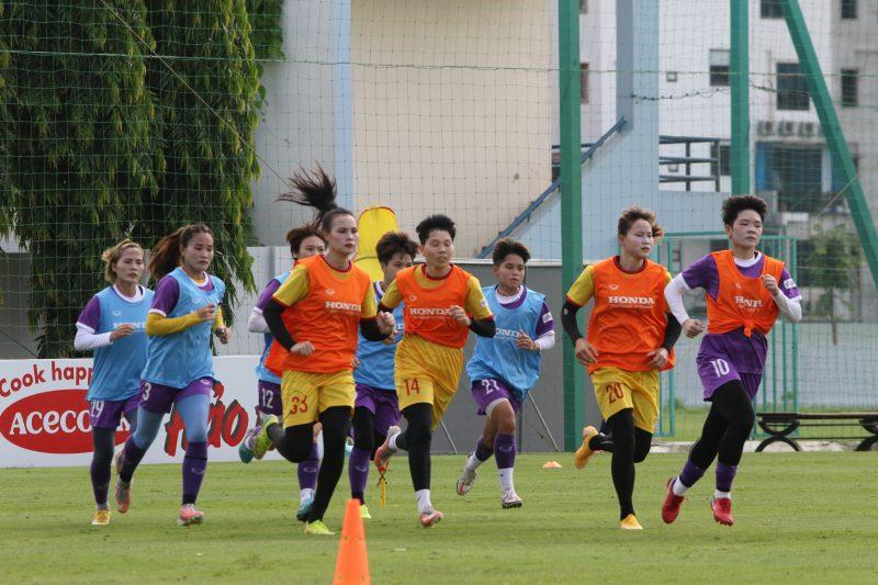 bóng đá Việt Nam, tin tức bóng đá, bong da, tin bong da, DTVN, Park Hang Seo, vòng loại thứ ba World Cup, đội tuyển Việt Nam chính thức tập luyện, VFF, VPF