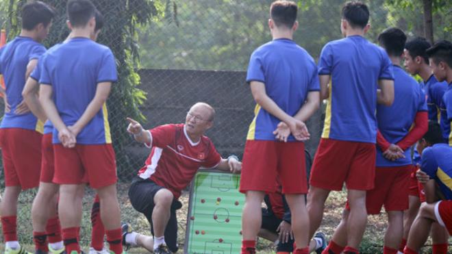 HLV Park Hang Seo cảnh báo học trò, tiền vệ Nepal muốn 'phá lưới' U23 Việt Nam