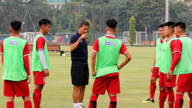 HLV Hoàng Anh Tuấn: 'U19 Việt Nam không có cầu thủ đặc biệt như Quang Hải, Công Phượng'