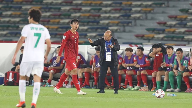 'Sát thủ' Iran tôn trọng tuyển Việt Nam, chuyên gia hiến kế giúp thầy Park khắc chế đối thủ
