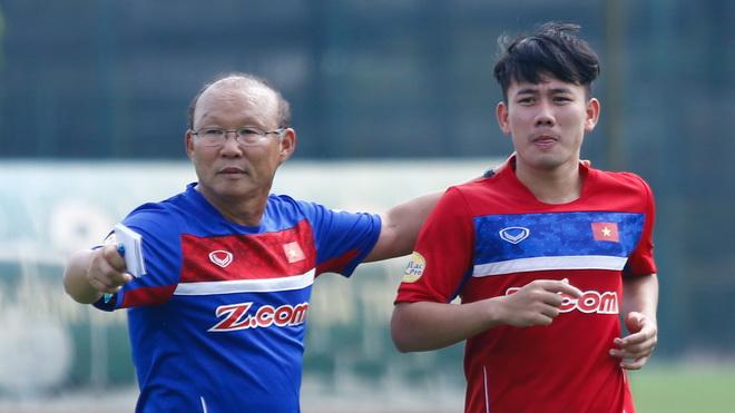 Báo Tây chê tuyển Việt Nam, HLV Park Hang Seo bắt đầu chuẩn bị cho U23