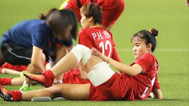 Bóng đá Việt Nam hôm nay: HLV Park Hang Seo hỗ trợ nữ tuyển thủ chữa chấn thương