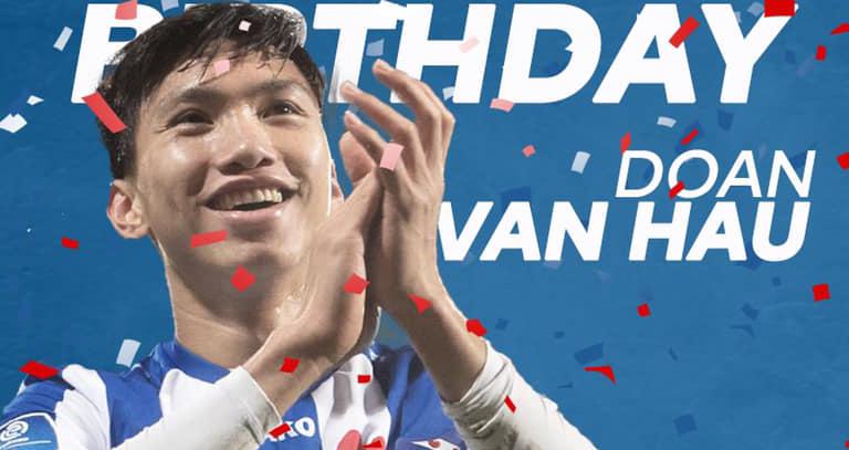 Bóng đá Việt Nam hôm nay: Văn Hậu trở lại đá V League. Công Phượng lọtTOP tiền đạo yêu thích