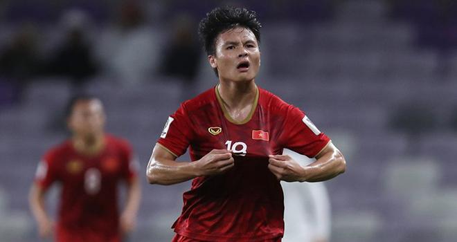 Bóng đá Việt Nam hôm nay: Chuyên gia cảnh báo Quang Hải. Tấn Trường tiết lộ lý do gia nhập Hà Nội