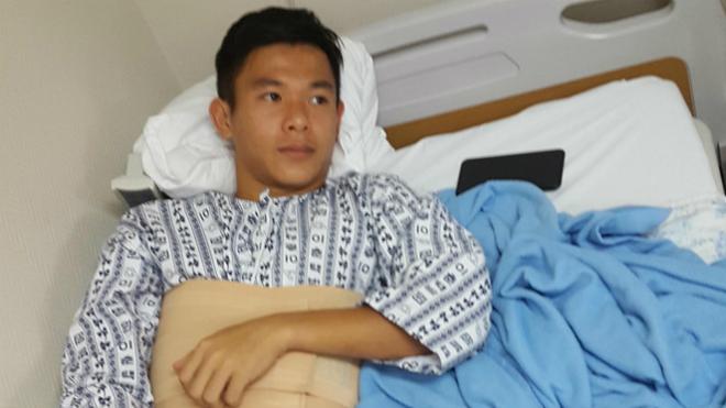 Tuyển thủ U19 Việt Nam nhập viện tại Hàn Quốc, HLV Park Hang Seo khen thầy trò Hoàng Anh Tuấn