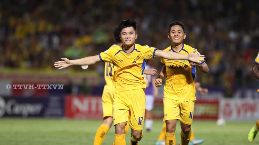 HLV SLNA tiết lộ 'bí kíp' đánh bại Hà Nội FC