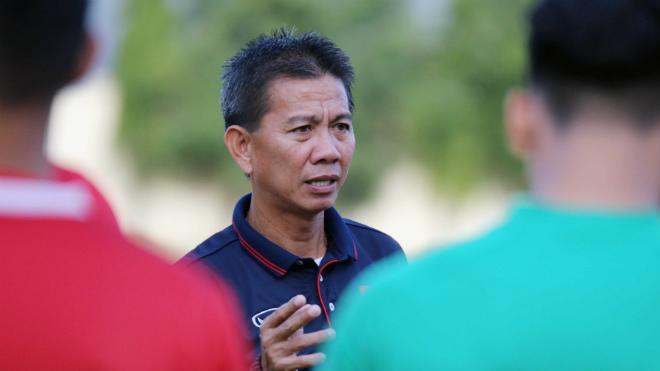 HLV Hoàng Anh Tuấn nói gì khi U19 Việt Nam bị loại ngay từ vòng bảng AFF Cup