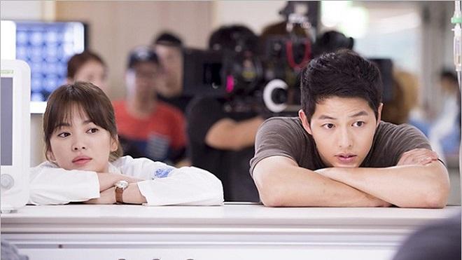 Song Joong Ki 'chia tay' Song Hye Kyo để cùng Park Bo Gum tham gia 'Hậu duệ mặt trời' 2?