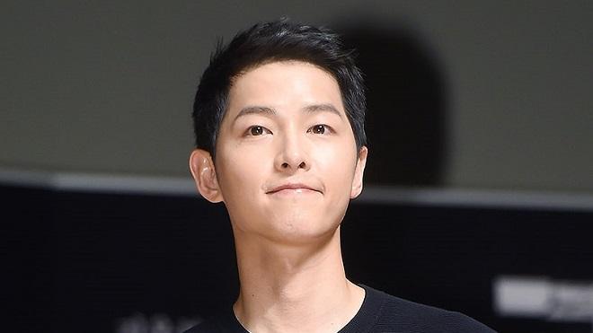 Người hâm mộ Song Joong Ki góp khoản tiền lớn cho những nô lệ tình dục