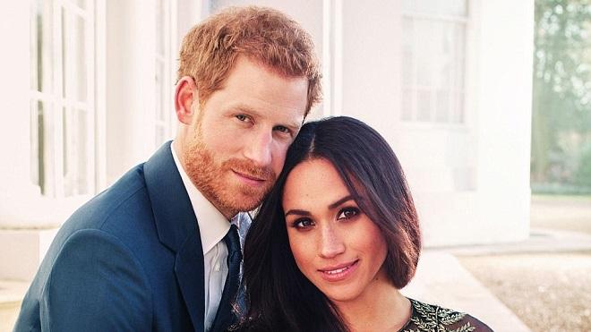 Ảnh đính hôn tràn ngập hạnh phúc của hoàng tử Harry và Meghan