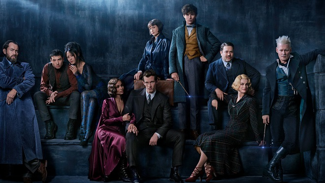 Nghiêng ngả với vẻ đẹp trai phong trần của thầy Dumbledore trong 'Sinh vật huyền bí 2'