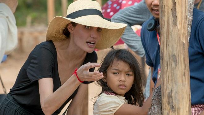 Vì sao phim về tội ác diệt chủng Khmer đỏ của Angelina Jolie thất bại từ vòng ngoài Oscar?