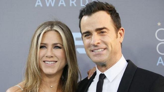 Jennifer Aniston chia tay chồng, rộ tin tái hợp Brad Pitt