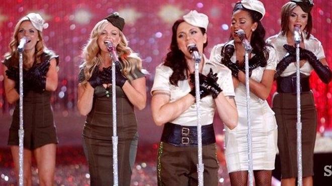 Spice Girls tung ảnh tái hợp, hứa hẹn lưu diễn trong năm nay