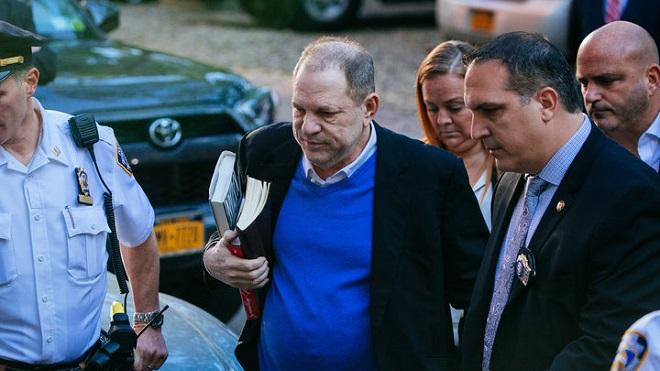 'Yêu râu xanh' Harvey Weinstein muốn làm phim tài liệu về bản thân