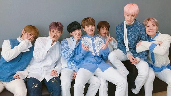 'Rụng tim' với quán cà phê chính chủ BTS siêu đáng yêu dành cho fan