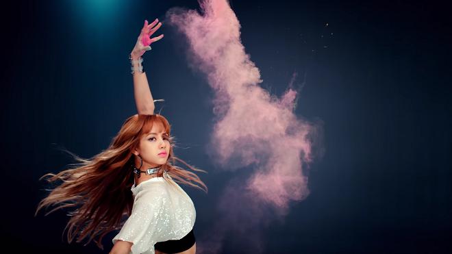 Giống BTS, Black Pink cài đầy 'mật mã' trong MV mới 'Ddu-du Ddu-du'