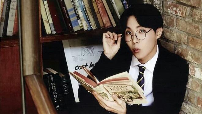 Ra mắt sách cẩm nang dành riêng cho fan BTS