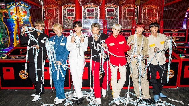 BTS làm nên lịch sử Kpop với cuộc 'đổ bộ' Mỹ lớn chưa từng có