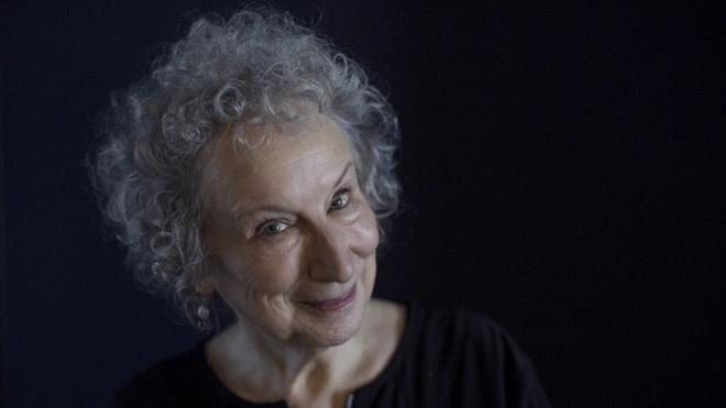 Margaret Atwood công bố phần tiếp theo của tiểu thuyết 'Chuyện người tùy nữ'