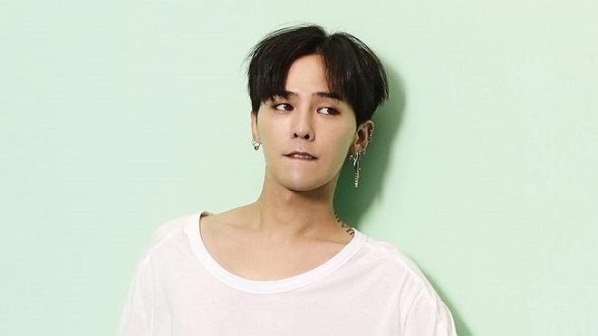 G-Dragon thừa nhận mình là 'quân ăn cướp' khi bán đồ quá đắt