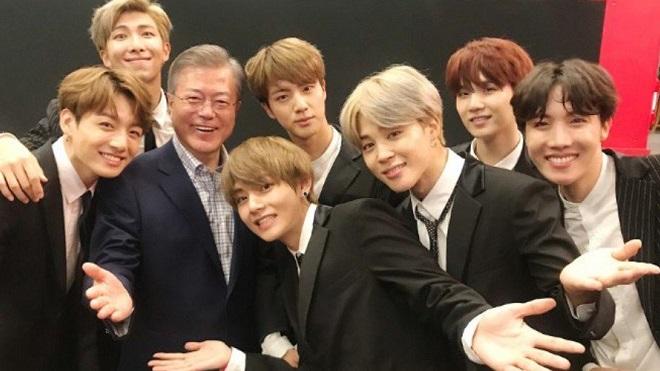 Tổng thống Hàn Quốc ca ngợi BTS trong phát biểu mừng năm mới
