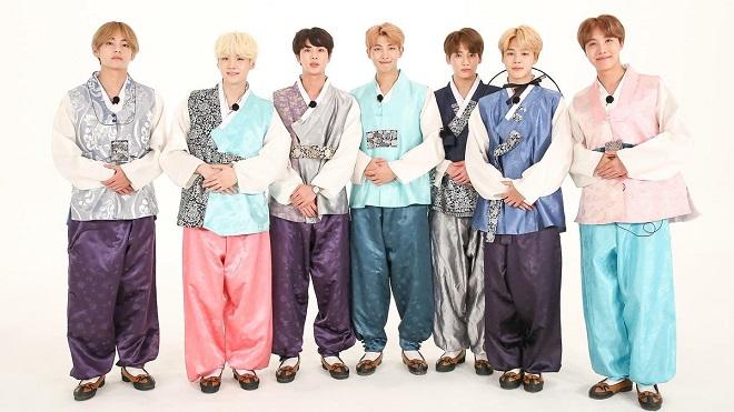 Fan BTS nguy cơ cháy túi hè này vì loạt búp bê mặc đồ quá chất của thần tượng