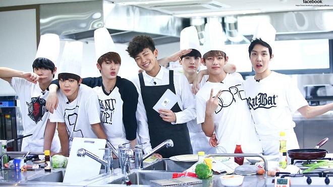 Đầu bếp khó tính Gordon Ramsay lại chế giễu trình nấu ăn của BTS, fan thích chí