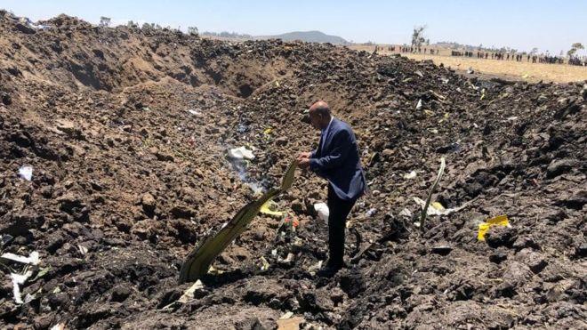 Những hình ảnh kinh hoàng trong vụ tai nạn máy bay Ethiopian: Không còn ai sống sót