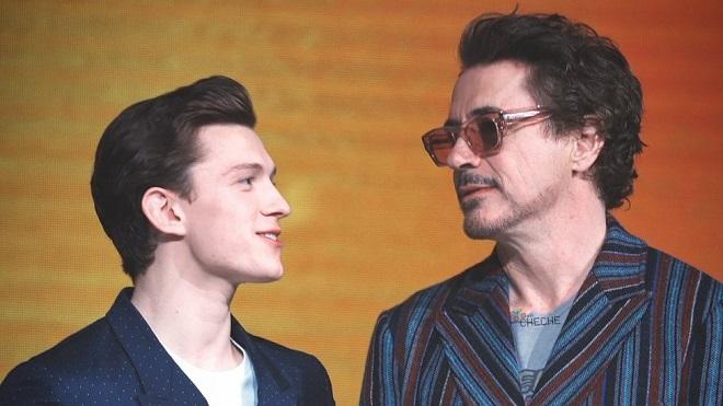 Marvel cuối cùng cũng tung cảnh hậu danh đề cho 'Avengers: Endgame', fan lại rơi nước mắt