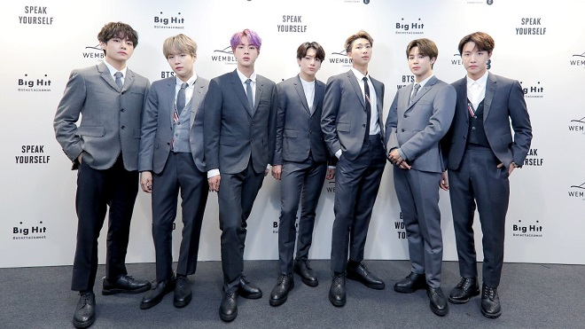 Ngưỡng mộ cách BTS đáp khi fan ca ngợi nhạc của nhóm thay đổi đời họ, so sánh với Beatles