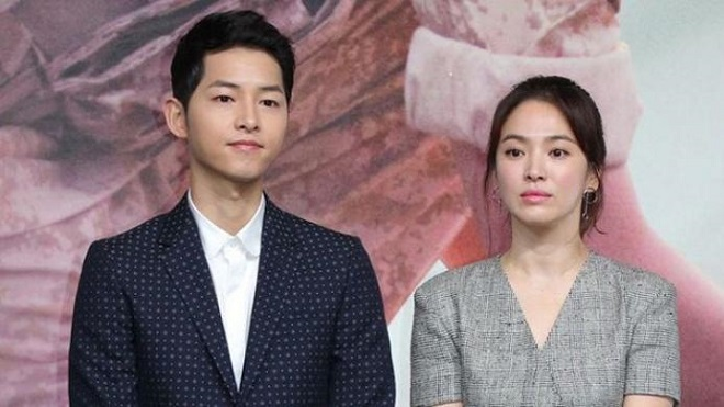 Bố Song Joong Ki bỗng nhận lỗi về mình trước chuyện con ly hôn Song Hye Kyo