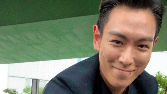 Giải ngũ, T.O.P không tiếp truyền thông nhưng bật khóc trong buổi gặp riêng fan