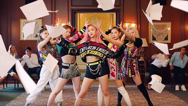 Tân binh Itzy hot bần bật với MV 50 triệu view trong ít ngày
