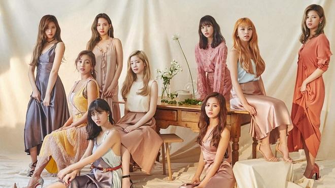 Twice tung album tiếng Nhật thứ hai '&Twice' với chủ đề thật giả