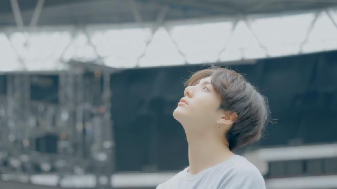BTS chính thức tung MV 'Make It Right' đẹp long lanh, ẩn chứa nhiều thông điệp