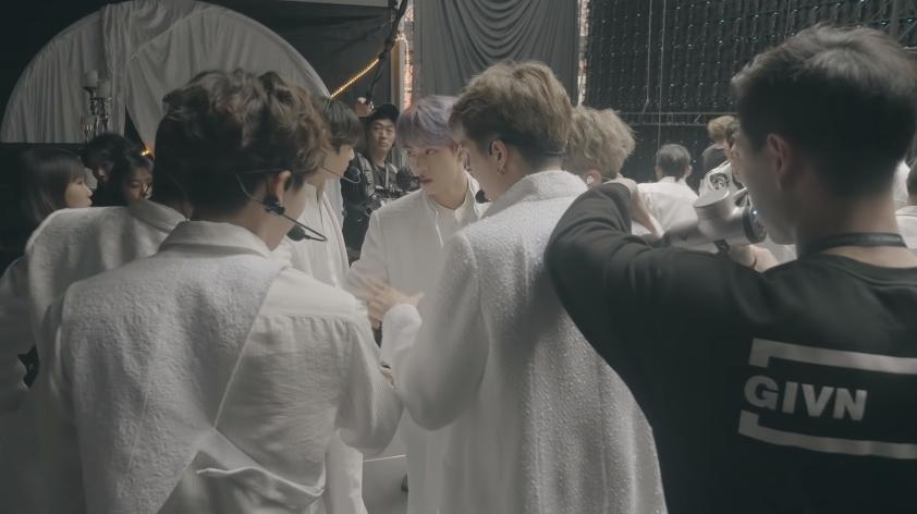 BTS, Make It Right, Carl Jung, phân tâm học, ARMY, kpop, Lauv, MV 'Make It Right' của BTS. BTS phát hành MV 'Make It Right'