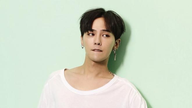 G-Dragon Bigbang giảng bài về phòng chống tự tử trong quân đội
