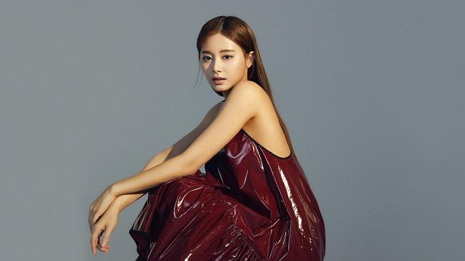 Tzuyu Twice khoe cơ bụng cực nuột trong hình ảnh quảng bá mới