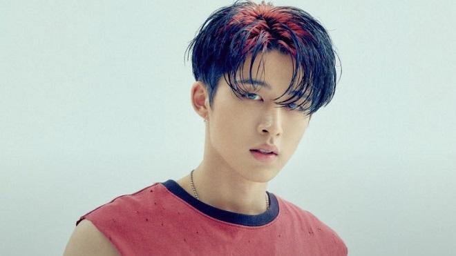 B.I lần đầu cập nhật mạng xã hội sau khi bị YG đuổi, fan cực kỳ lo lắng trước ca khúc để lại