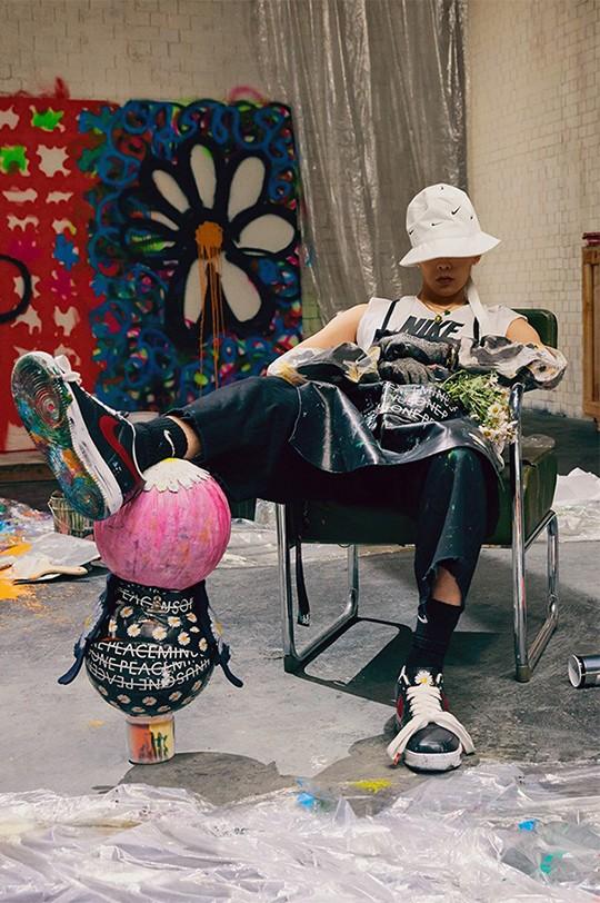 G-Dragon, G-Dragon trở lại, AF1 Para-Noise, G-Dragon phát hành sản phẩm mới, G-Dragon Nike, G-Dragon hợp tác với các nghệ sĩ nổi tiếng, G-Dragon hợp tác với hãng giày