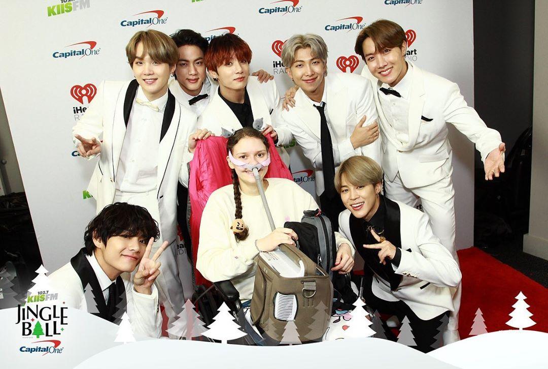 BTS, Speak Yourself, BTS tặng fan, BTS tặng quà ARMY, BTS Meet&Greet, Love Yourself