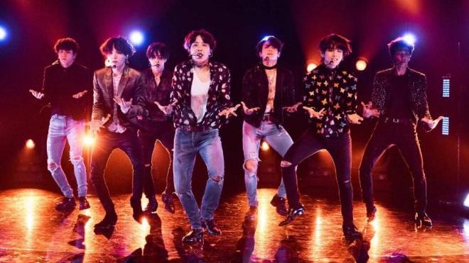 Tranh cãi nảy lửa về màn biểu diễn chính thức của BTS tại Grammy 2020