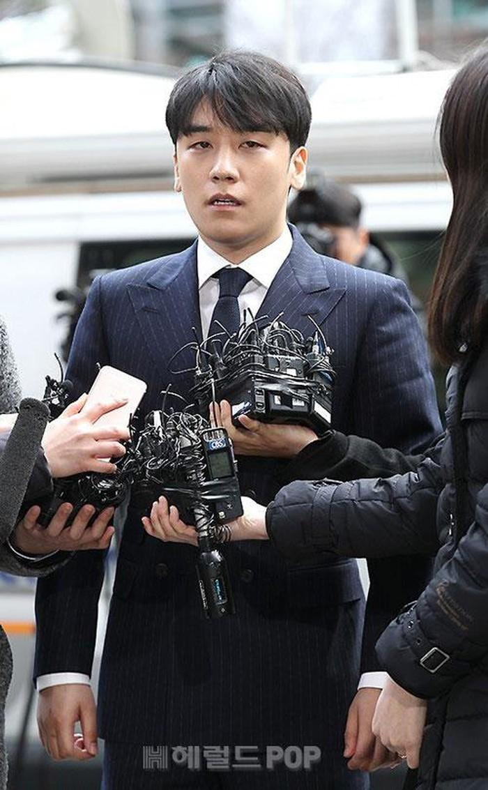 Kết quả hình ảnh cho Toà án bác bỏ yêu cầu bắt giữ Seungri lần 2